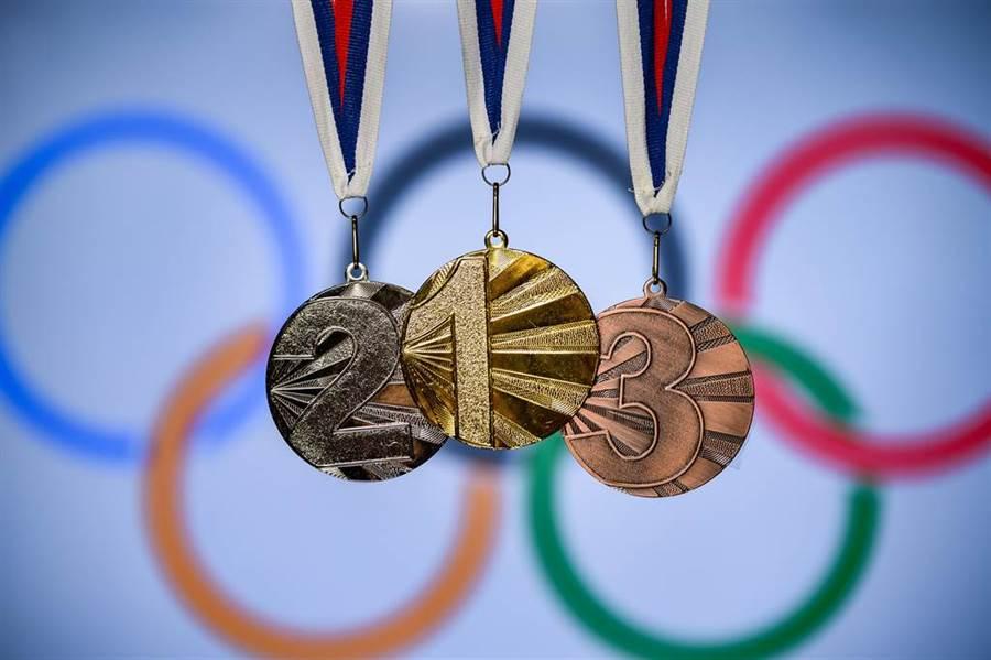 日本8萬噸家電垃圾煉成奧運獎牌